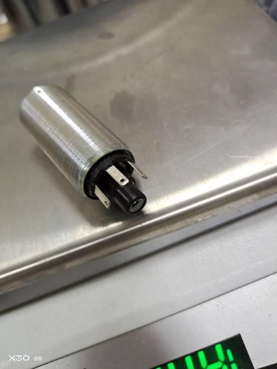 71 gramm fuel pump 1.jpg