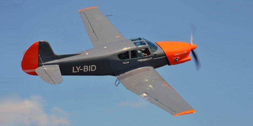 yak-18t-red-v12.jpg